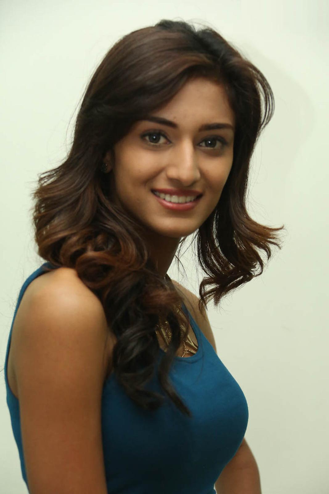 Best Popular Celebrities: Most Popular Celebrities Pooja