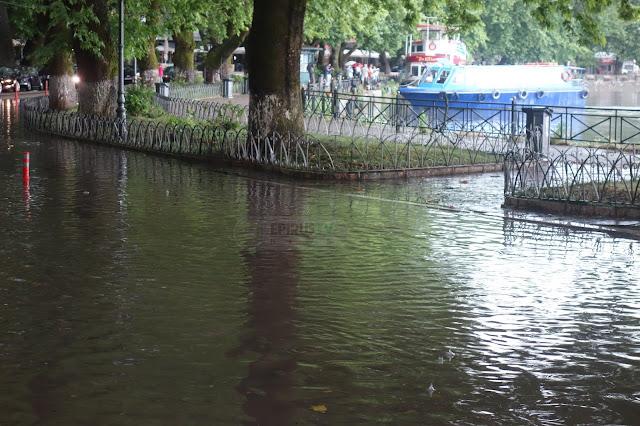 """Γιάννενα: Άνοιξαν Οι Ουρανοί ...""""Ποτάμια"""" Οι Δρόμοι[Φωτό-Βίντεο]"""
