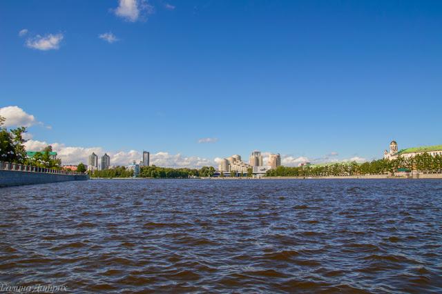 Городской пруд Екатеринбург фото