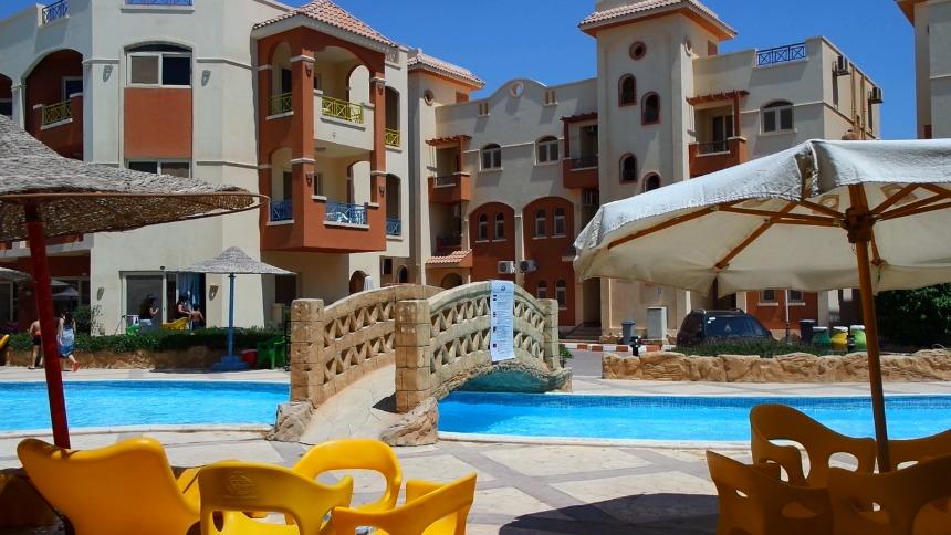 La Sirena Resort