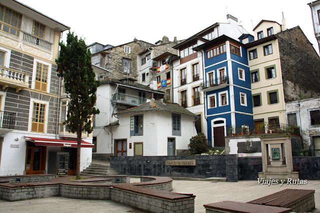 Plaza de severo Ochoa, Luarca