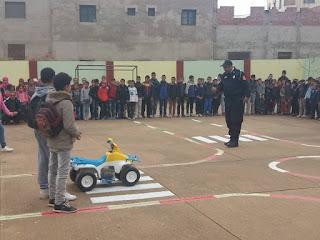 مديرية جرسيف:مدرسة سيبويه تنظم نشاط تربويا احتفالا باليوم الوطني للسلامة الطرقية
