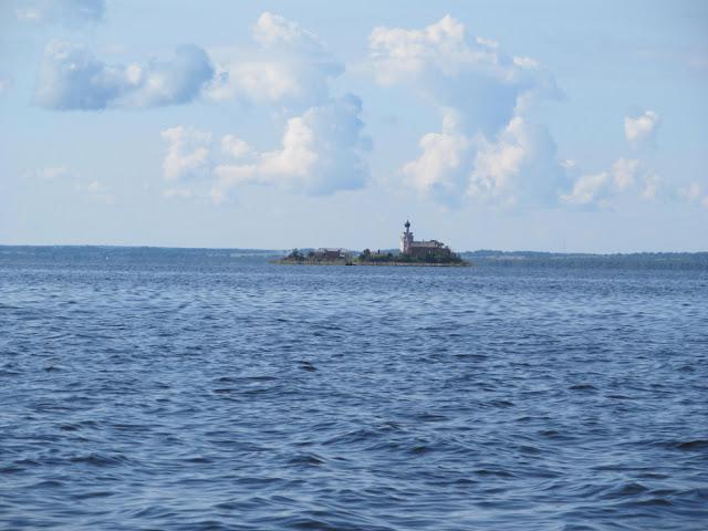 Спас Каменный на озере Кубенском