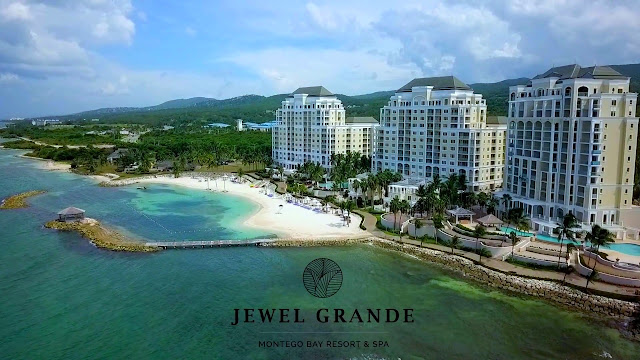 Private Airport Transportation to Jewel Grande