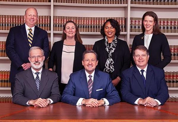 Các quan chức tư pháp của Tòa án Thủ hiến của Delaware giám sát các vụ kiện tụng liên quan đến kinh doanh của tiểu bang (Delaware.gov)