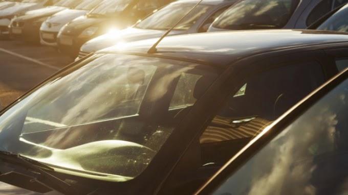 Saat Kemarau, Jangan Pernah Simpan Benda Ini Dalam Mobil