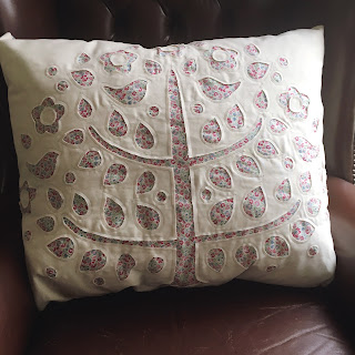 reverse applique tree pillow Tilda