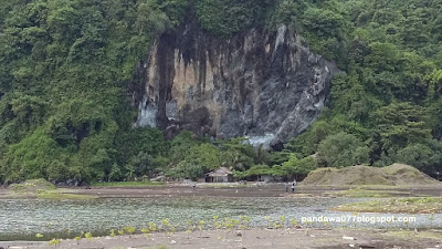 Menikmati Indahnya Pantai Sodong Lalay