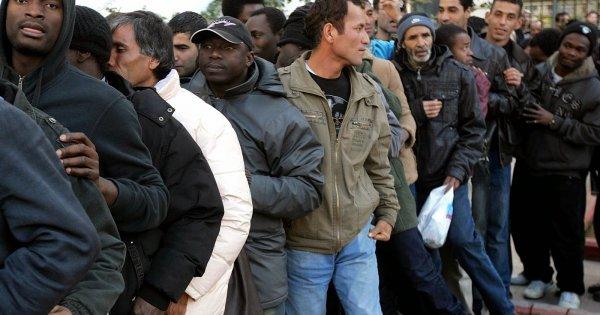 Βίντεο: Φθιώτιδα «Μπλόκο» κατοίκων στη μεταφορά αλλοδαπών - δείτε τι ψηφίσαν  τώρα τους ενοχλεί?