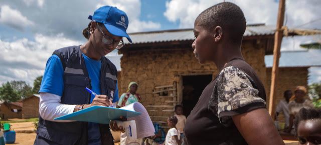 Marie-Roseline Bélizaire trabajando en el brote de ébola en la República Democrática del Congo.WHO/Lindsay Mackenzie