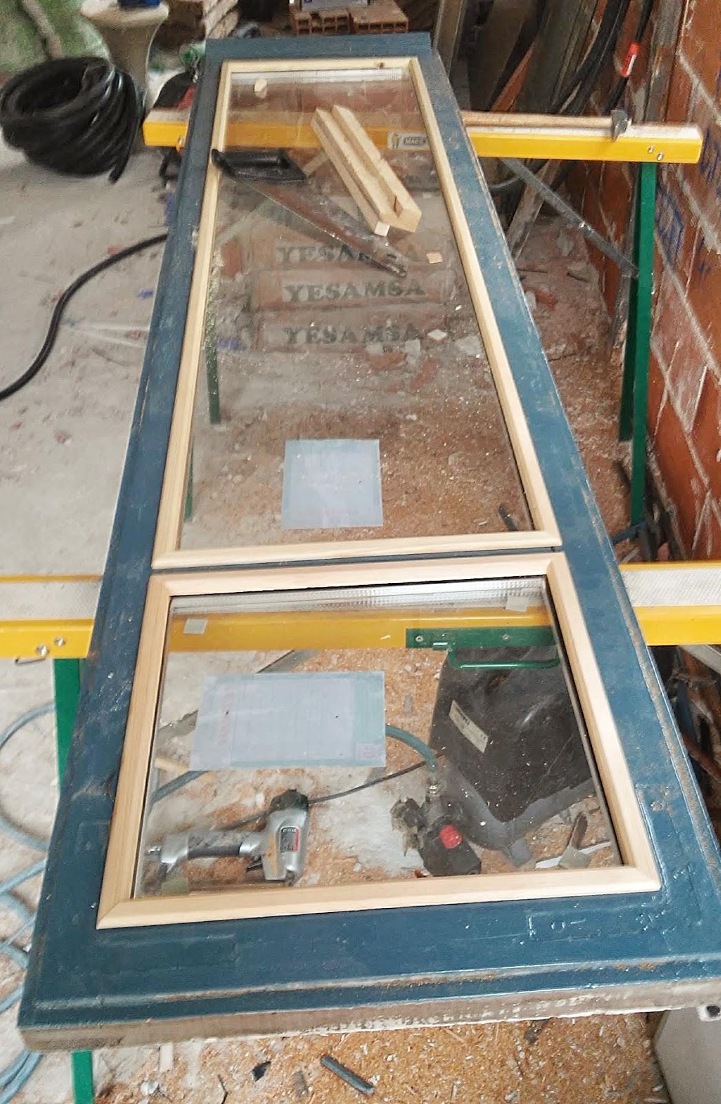 Carpinteria sevilla colocaci n de cristal con c mara en - Que cuesta cambiar ventanas climalit ...
