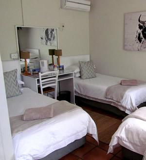 Wagon Wheel Standard Rooms
