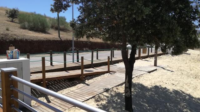 Acessibilidade á praia para cadeira de rodas