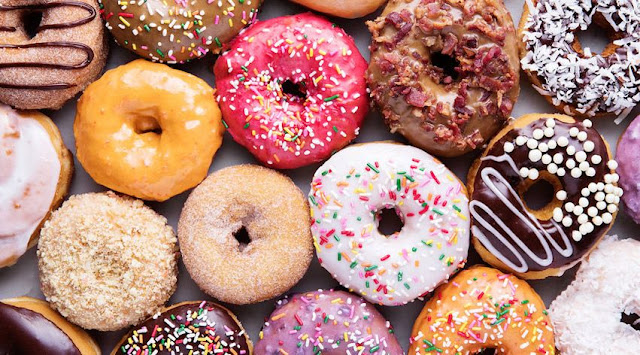 Get Free Doughnuts From Dunkin, Krispy Kreme and More This National Doughnut Day