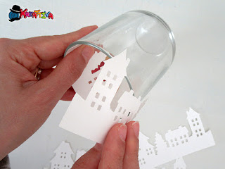 fissa casine di carta in bicchiere