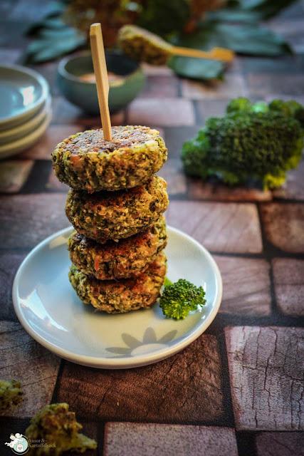 Vegetarische Frikadellen mit Brokkoli und Käse