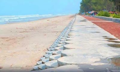 Tembok Laut (Sea Wall)