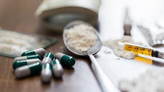 stj criterios utilizar natureza quantidade drogas