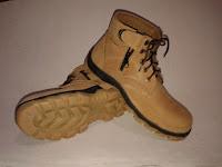 harga sepatu safety disurabaya, mojokerto, balikpapan, jakarta, samarinda, supliyer sepatu safety di bandung, tangerang, bali, gresik, kalimantan, medan, padang, jual sepatu safety malang