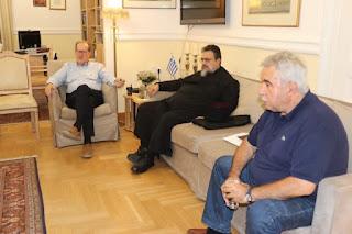 Συνάντηση του περιφερειάρχη Π. Νίκα με τον Μεσσηνίας Χρυσόστομο