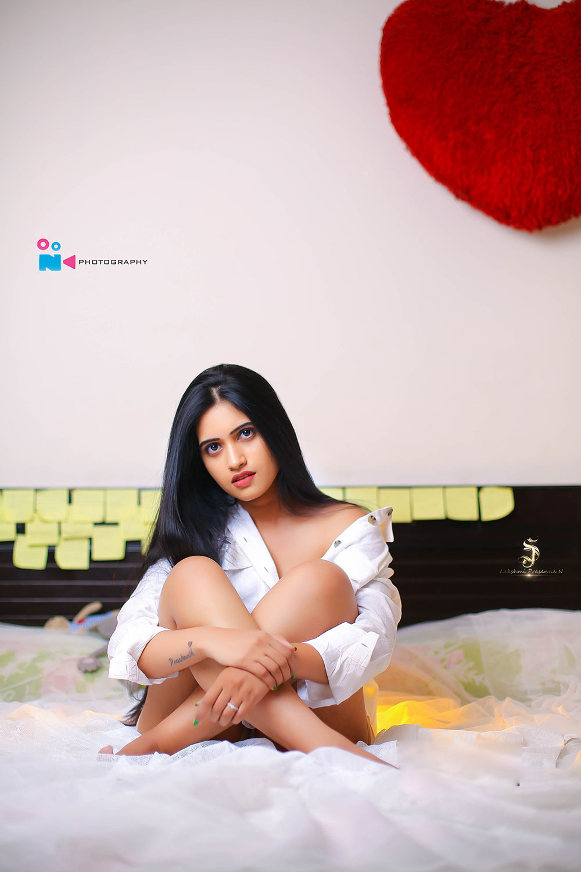 Actress  Sravanthi Chokkarapu  Glam Photoshoot