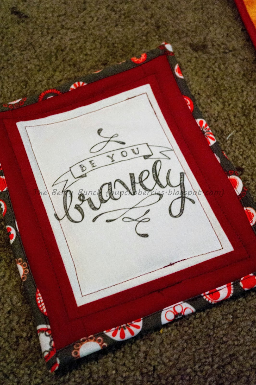 Berry Bunch: Mug Rug Tutorial: Using a Printable Image or Picture
