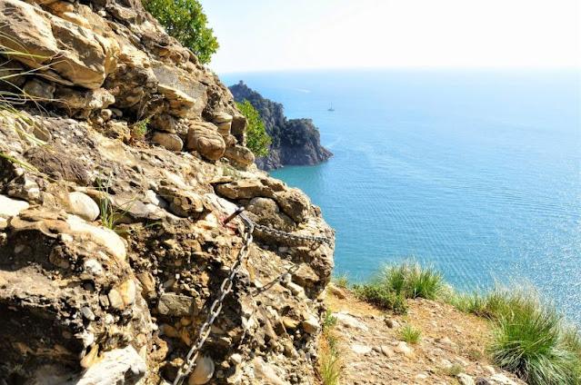 panorama sentiero catene Portofino Camogli