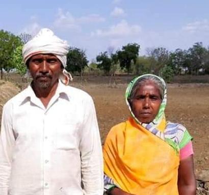 आत्महत्याग्रस्त जिल्ह्यात शेतकऱ्याने स्वतः खणली विहीर