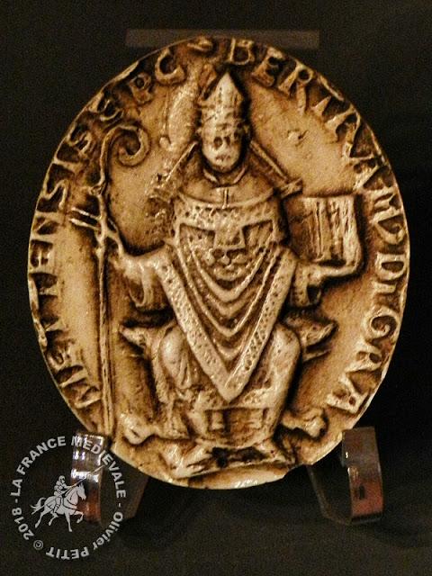 Sceau daté de 1211 appartenant à l'évêque Bertram (1180-1212)