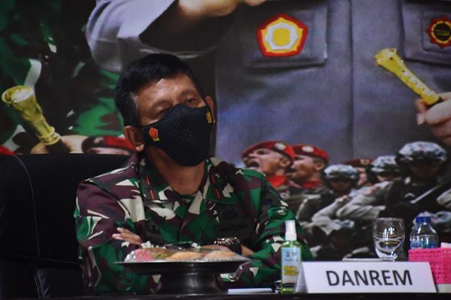 Danrem 142/Tatag ikuti Rapim TNI - Polri secara Virtual di Mapolda Sulbar