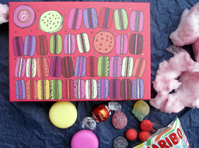 """Macaron Gloss Saga"" Beautiful Box by Aufeminin (Alfemminile), April 2017. Beauty box review by Valentina Chirico"