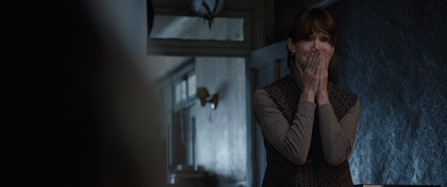"Mother & Daughter Haunted by Evil Spirits in ""The Conjuring 2"""
