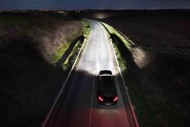 Nova geração de lâmpadas halógenas Philips X-tremeVision Pro150 melhora visibilidade