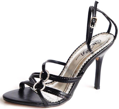 http://glamourchic.tictail.com/product/black-evening-shoes-wr