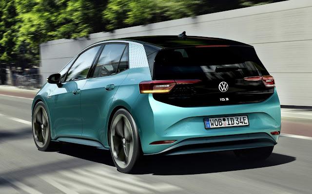 Volkswagen ID.3 comunica-se com o motorista usando luz