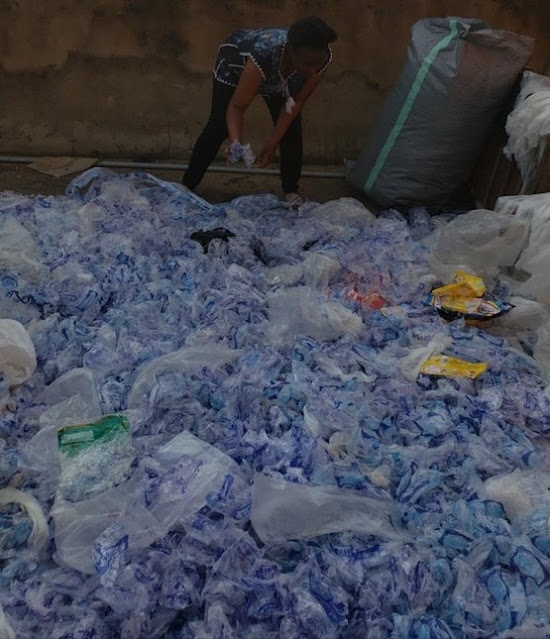See how a Woman use Nylon Waste from Trash to make Bags and shoes (Pictures)