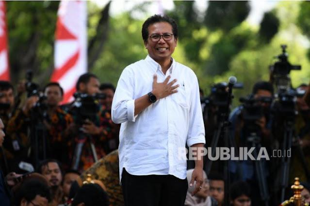 Jubir Presiden: Kritik Harus Sesuai Undang-Undang