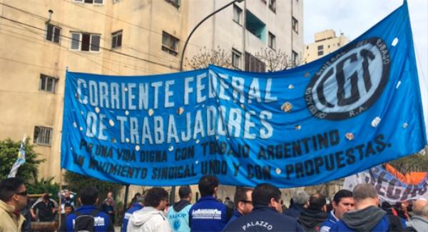 CGT de Argentina podría irse a paro nacional en 24 horas