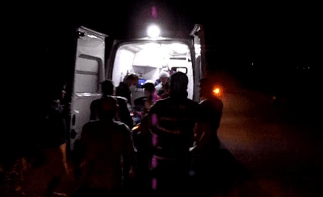 Homem cai em barranco após estourar pneu na PB-393 que liga Cajazeiras e São João do Rio do Peixe