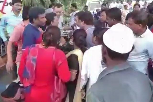 খিদিরপুরের নামী স্কুলে দিদিদের হাতে শিশু ছাত্রীর যৌন হেনস্থার অভিযোগ