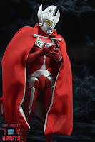 S.H. Figuarts Brothers' Mantle 14