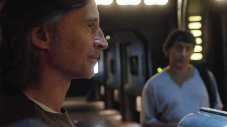 "Robert Carlyle as Dr. Rush on the ship in SGU's ""Justice"""