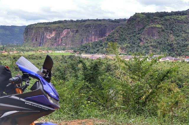 Road Trip ke Air Terjun dan Lembah Harau