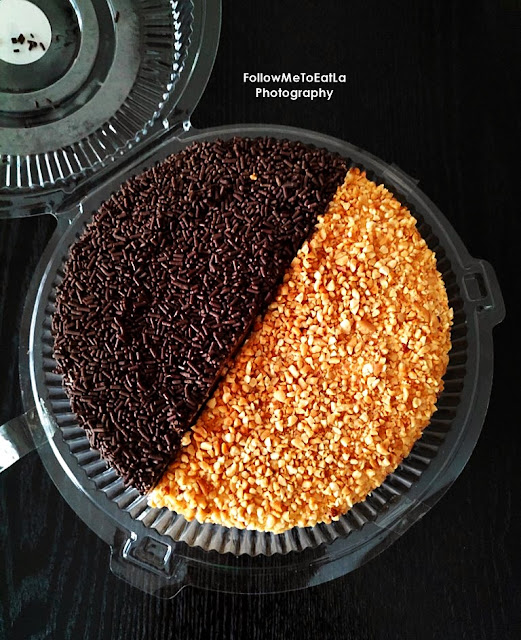 Classic Old-Fashioned Roasted Peanuts Cake & Chocolate Rice Cake