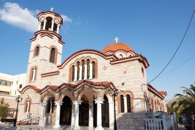 Ίλιον: Ξεκίνησε το εορταστικό δεκαήμερο για τον Άγιο Φανούριο – Το πρόγραμμα Ακολουθιών