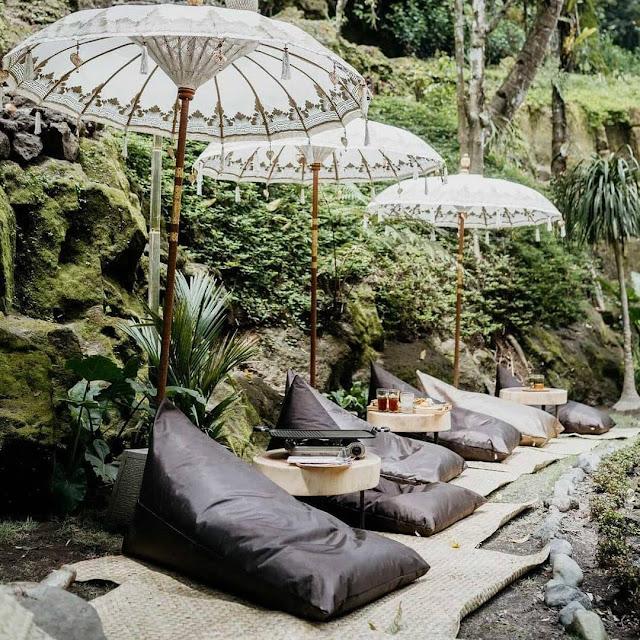 Warung Nukad Tampaksiring Bali Harga Menu, Daya Tarik & Lokasi