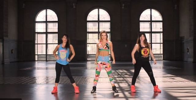 With weights, chairs or in the water: the different ways of practicing zumba