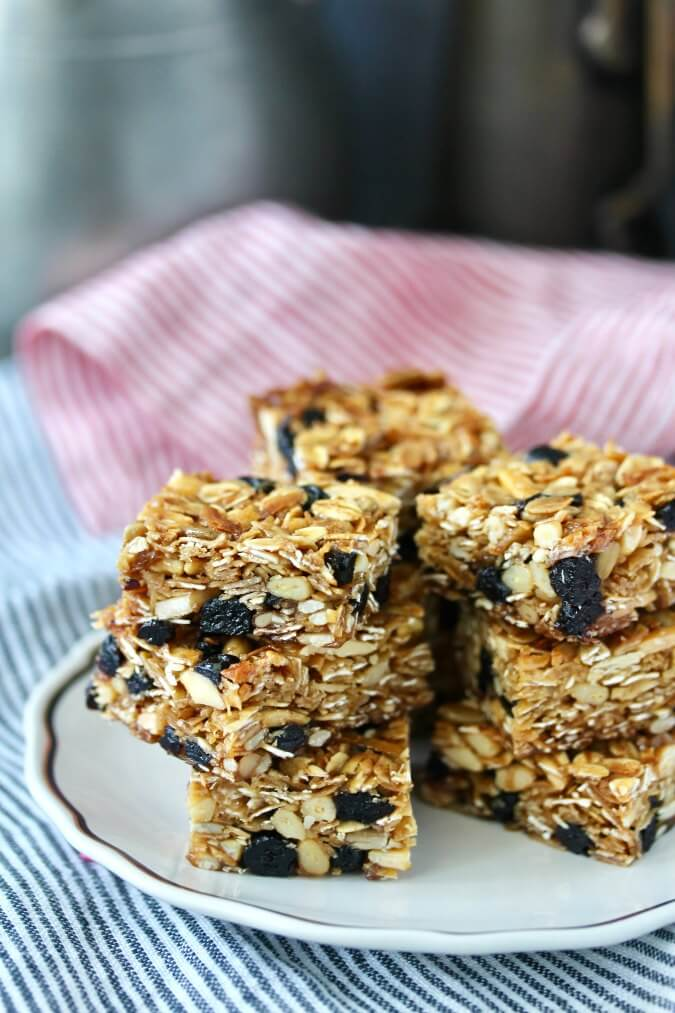 Blueberry Granola Bars with toasted oats