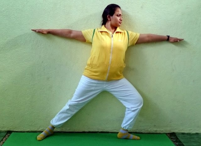 Hatha Yoga Virbhadrasana Pose and Benefits