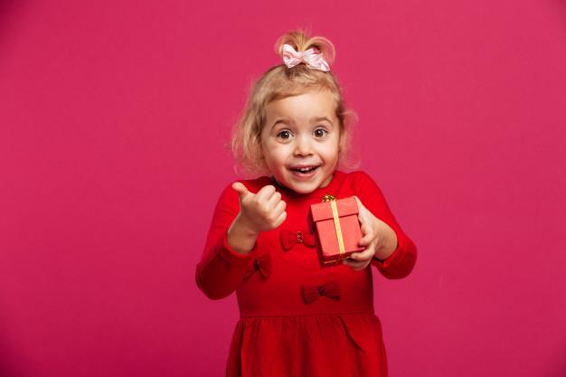kız çocuğuna ne hediye alınır